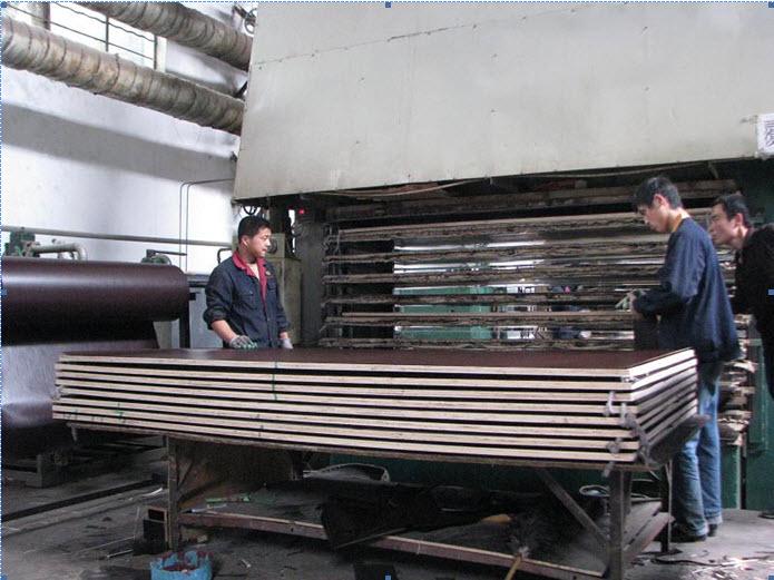 máy ép gỗ,máy ép gỗ dán,máy ép gỗ ván,may ep gỗ nóng,máy ép gỗ nguội,may ep go