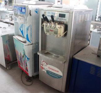 máy làm kem,máy làm kem công nghiệp,máy làm kem gia đình,máy làm kem mini